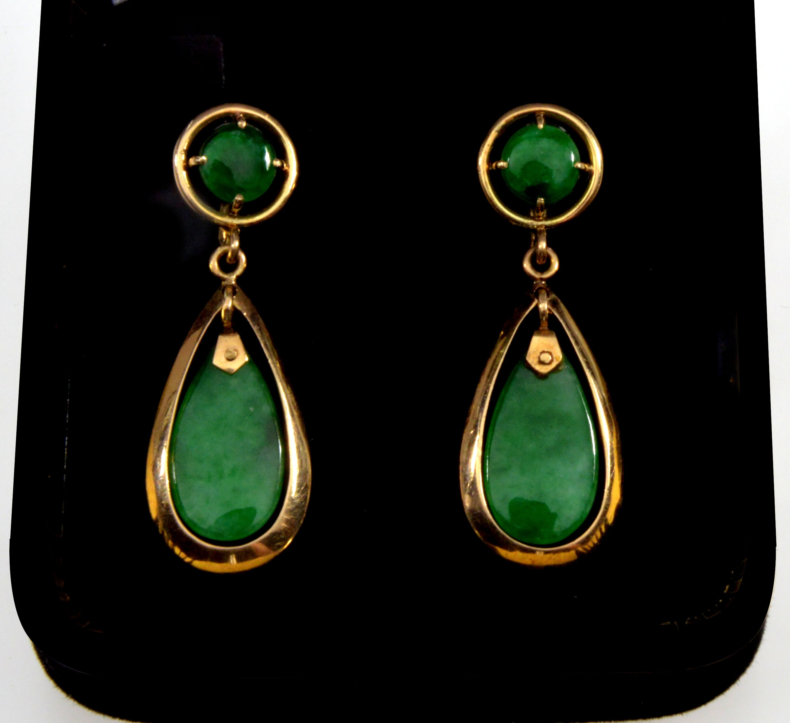 b72fbb95ad8b2 Art Deco 14K Jadeite Jade Teardrop Dangle Earrings