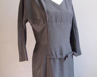 c27c160785 Black wiggle dress - evening dress - LBD - party dress - burlesque -  vintage dress - prom dress - vampy dress - witchy dress - halloween
