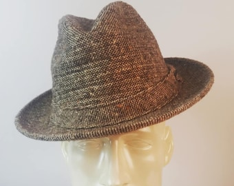 a5f5d8fa96e Sexy STETSON Men s Fedora Brown Plaid Pattern Size 7 Vintage 1960s l Mens  Hats Fedoras l Fathers Day l Mad Men l 1960s Mens Fashions