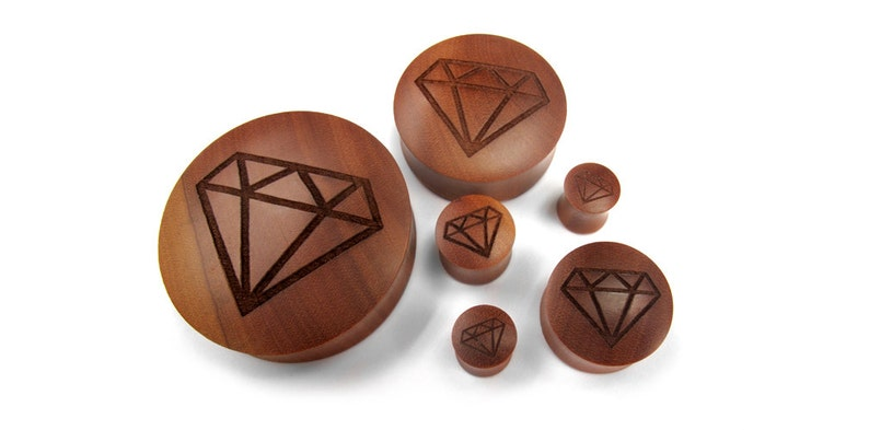 Engraved Diamond Wood Plugs New! 00G - 2 Inch - Sold in Pairs