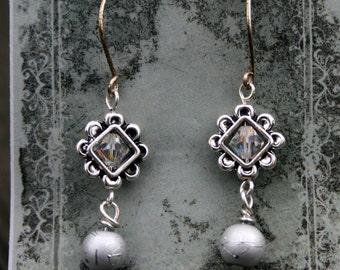 Boho Earrings / Crystal link / Wire Wrapped bead