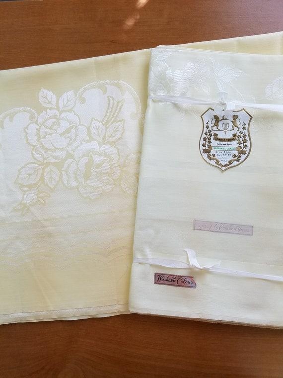 Yellow Damask Vintage Tablecloths 2 D16 17
