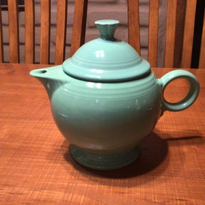 Vintage Fiesta Large Yellow Teapot Discontinued in 1946