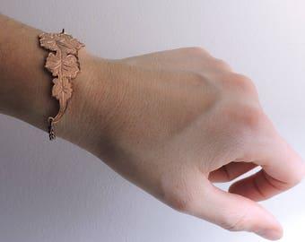 Hand engraved flower bracelet. Botanical design bracelet. Minimal and chic. Personalized engraved bracelet. Inspirational quote. Stay weird
