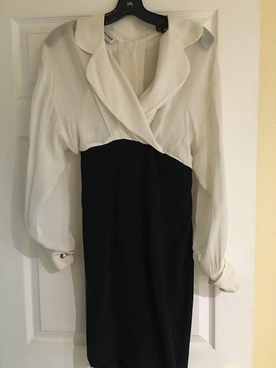 Stunning Nipon Boutique dress size 4