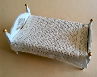 Dollhouse blanket, silk bedspread