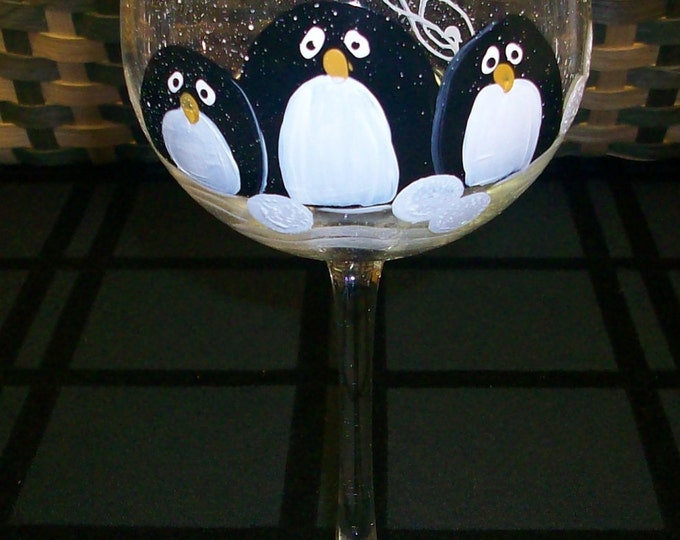 Single, Penguin Trio wine glass