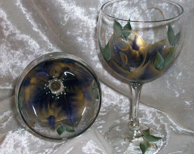3-Dimension,Poinsettia Wine glasses, set of 4