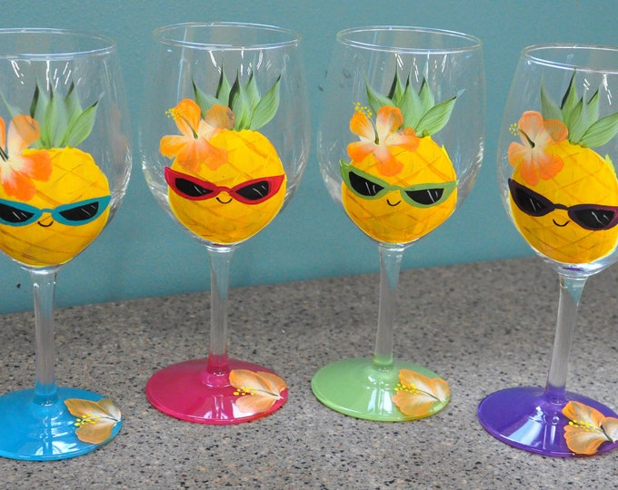 15 oz. Happy Pineapple wine glasses, set of 4