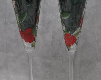 "10"" Bride & Groom Flared Glass Toasting flutes, Red rosebuds. Set of 2."