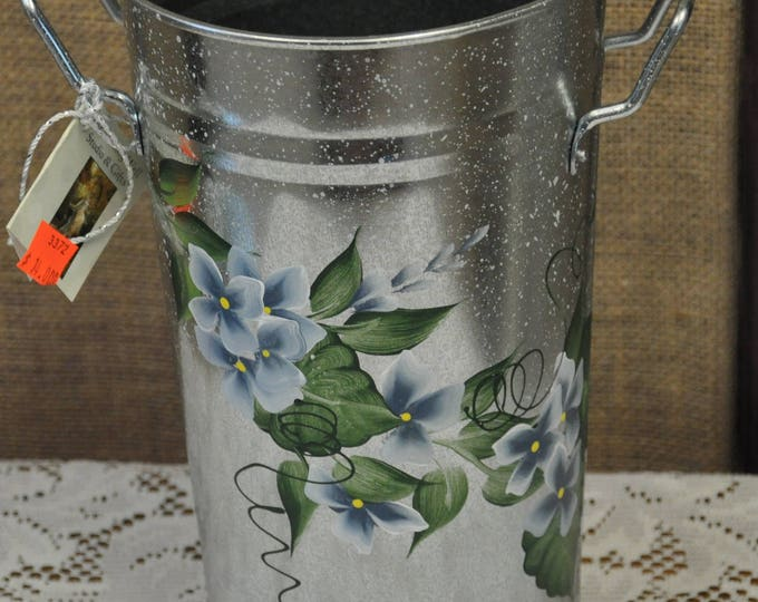 """10.5"""" hand painted, tin french buckets"""