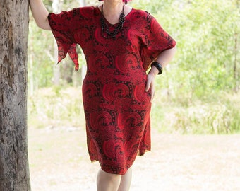 Curvy Caftan - Cherry Journey