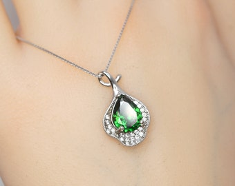Details about  /Pave Chrome Diopside Crystal Bullet Pendant Chain Necklace .925 Silver Jewelry