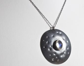 Mondsteinanhänger, Sterling Silber Mondlandschaft Anhänger, oxidiert, Silber, Blau Flash-Mondstein, natürliche Mondsteinhalskette, Mondstein