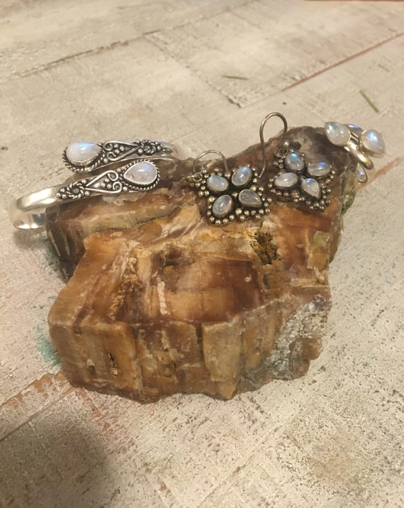 MOONSTONE SALE: 2 Rainbow Moonstone Bracelet + 2 R