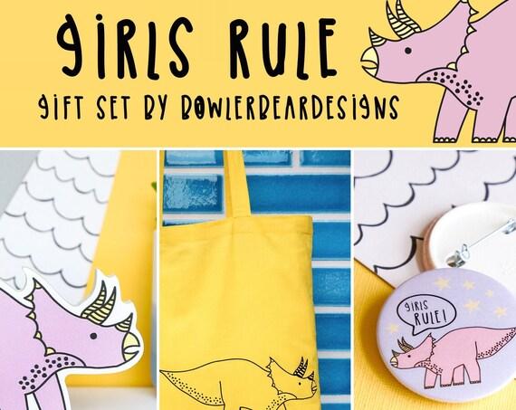 Girls Dinosaur gift set. Shelfie, tote & pin badge set.