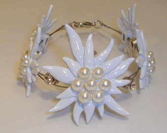 Noble national costume jewellery dirndl edelweiss bracelet with pearls