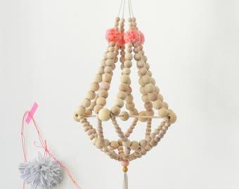 Kronleuchter Mit Holzperlen ~ Holz perlen und pompons kronleuchter hängen decke dekor etsy