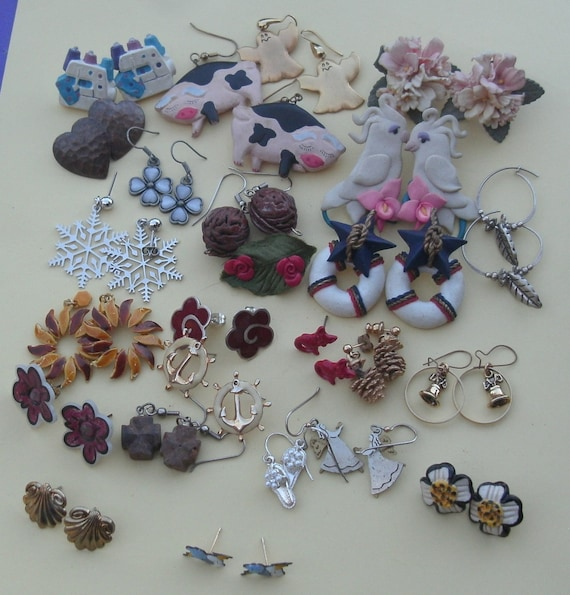 20 Pairs Figural Pierced Earrings Lot Vintage Nove