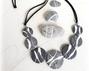 Beach stone necklace Unusual jewellery Flat round rocks Artistic Modern Jewelry with gray flat pebbles in paper mache Mothers day gift