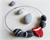 Unusual necklace with heart shaped rocks Modern design jewelry sustainable in paper mache Unique chokers handmade Mothers day gift idea
