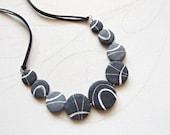 Beach stone necklace Unus...