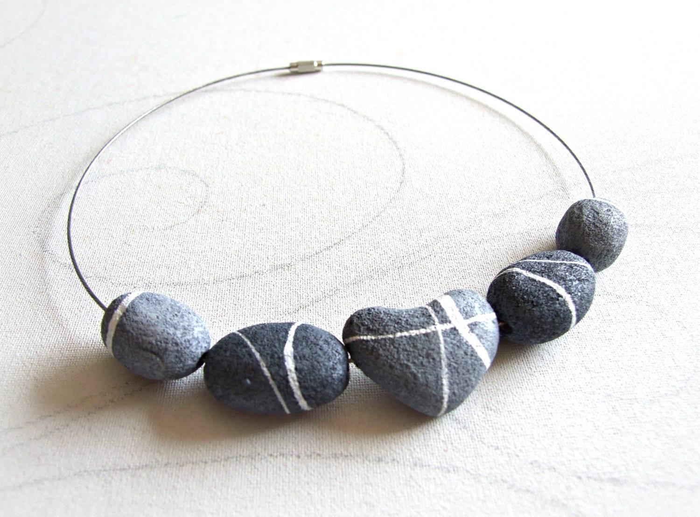 stone necklace stone jewelry Heart shaped stone handmade jewelry grounding gifts of nature boho style valentine jewelry boho jewelry