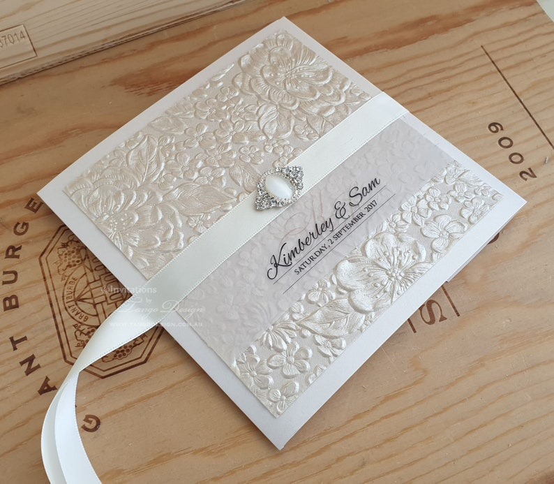 NEW 10 BOW Rhinestone Crystal Wedding Invitation Buckle