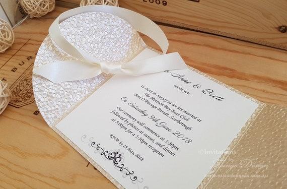 Trendy Wedding Invitation Design Etsy Best 2020 Wedding Trends Beach Invitations Handmade W Pebble Embossed Invites Embossed Folder Card