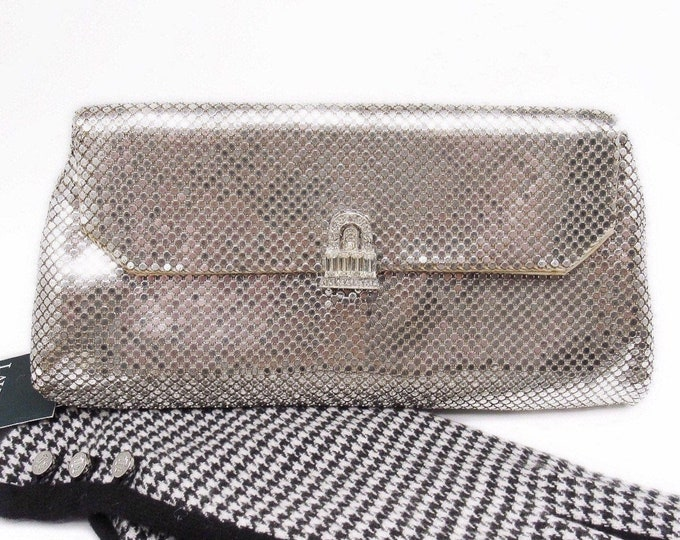 Elegant 1950s Whiting and Davis vintage silver tone Rhinestone accented signed Alumesh evening Clutch