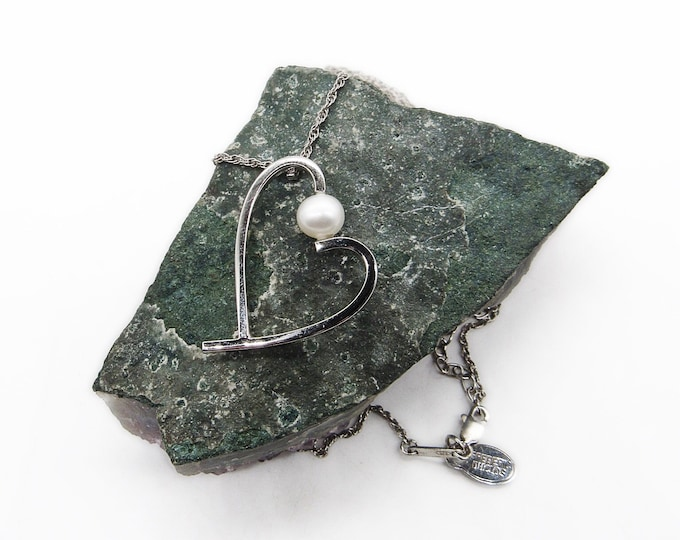 Frederic Duclos Vintage retired Sterling Silver Rhodium finish handcrafted Heart with cultured Pearl signed pendant necklace