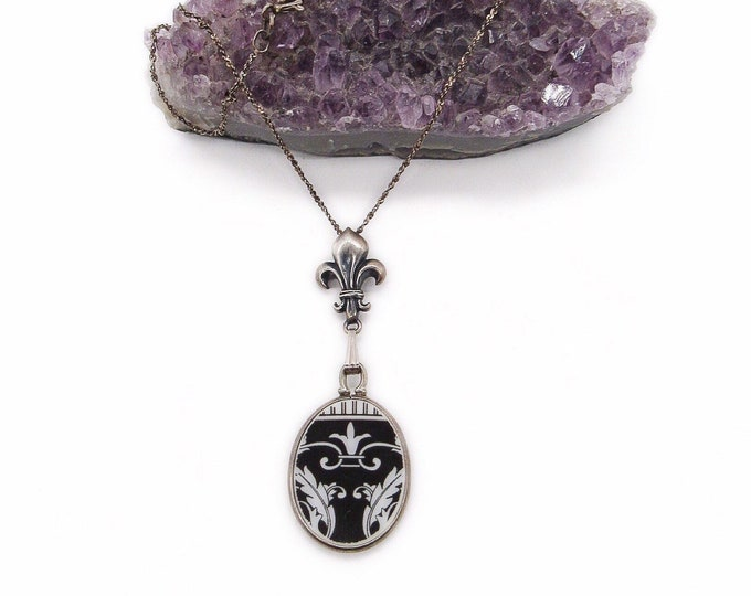 Vintage Victorian Revival Sterling Silver Fleur De Lis decorative Ceramic signed pendant necklace