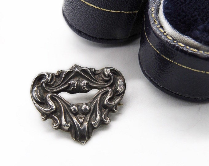 Antique Art Nouveau circa 1910s Sterling Silver front ornate Estate signed brooch