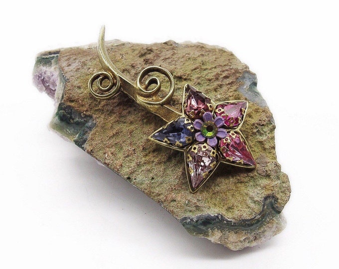Michal Negrin vintage retired antiqued brass faceted Crystal retro style signed flower brooch