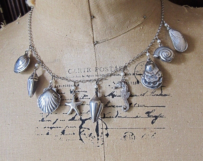 Pididdly Links vintage silver plated Sea Shell and Star Fish signed charm necklace
