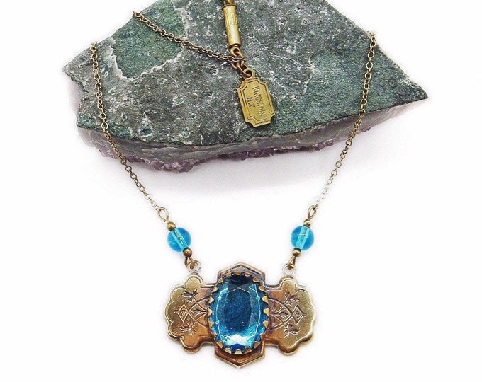 Pididdly Links Ltd Vintage Victorian revival antiqued brass tone faceted Topaz Blue Crystal signed necklace