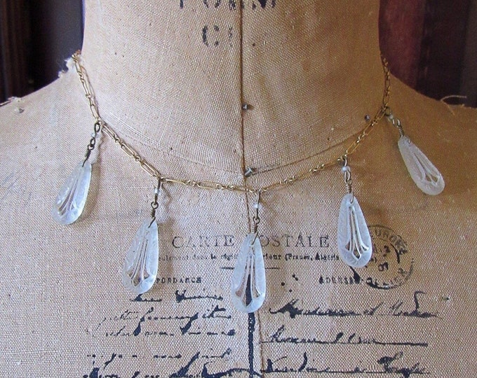 Vintage Pididdly Links Ltd Victorian revival antiqued gold tone frosted pressed glass tear drop signed bib necklace necklace