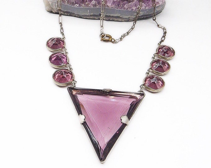 Art Deco Era vintage 1930s silver tone faceted round and triangular Amethyst glass station/choker necklace