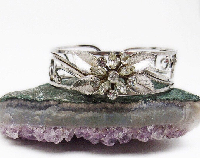 1950s Mid Century silver toned floral motif faceted Rhinestone unsigned Retro Cuff Bracelet