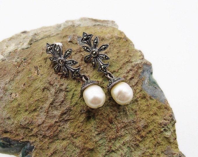 Beautiful vintage Art Deco sterling silver marcasite 1930s Baroque pearl signed pierced drop earrings