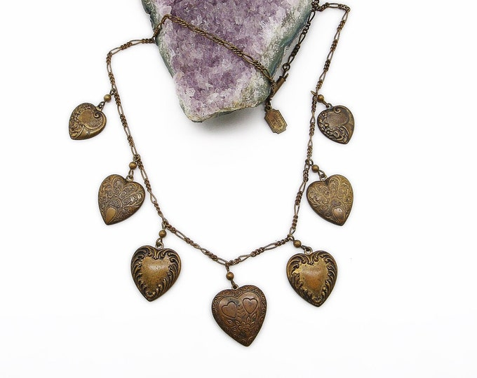 Pididdly Links vintage antiqued brass Victorian revival decorative hearts signed pendant necklace circa 1980s
