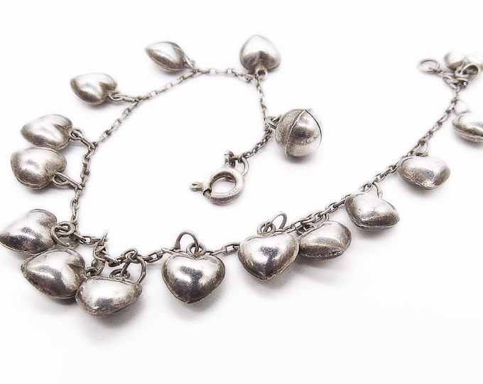 Charming 1940s vintage dainty sterling silver puffy heart charms signed chain link bracelet FREE SHIPPING !