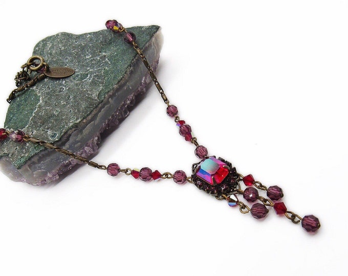 Liz Palacios of San Francisco vintage retired antiqued bronze tone faceted Ruby red Aurora Borealis signed vintage necklace