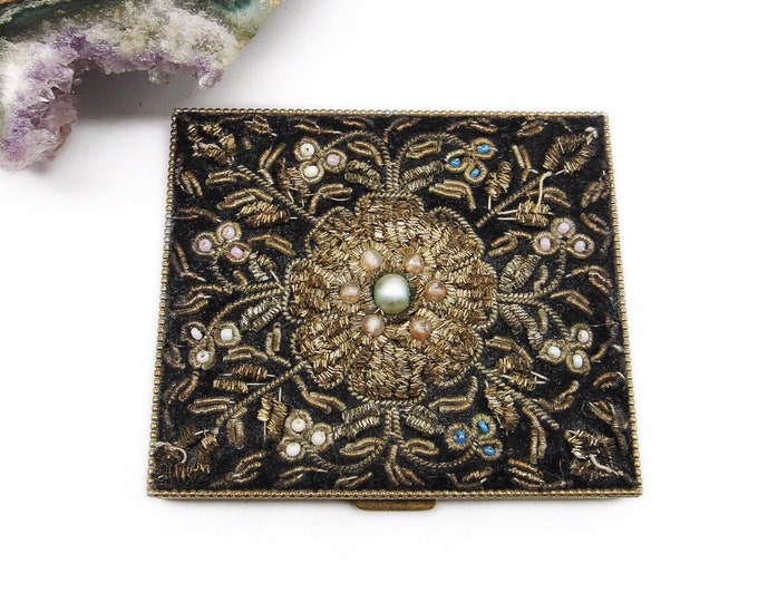 1940s Vintage Golden Metal tone Hand Embroided Gold thread white and turquoise bead with pearl accents mirrored Makeup Compact