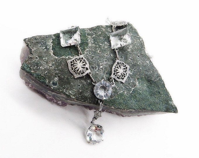 Art Deco vintage 1930s rhodium plated silver tone filigree and faceted crystal glass panel necklace