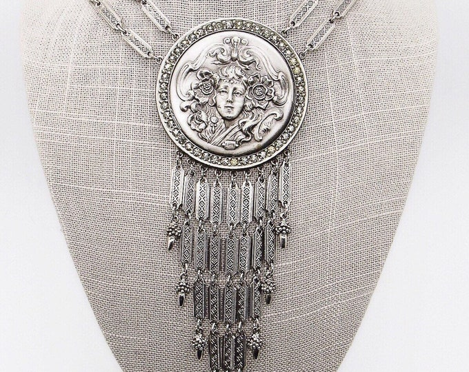 Goldette NY vintage Runway Art Nouveau/Etruscan Repousse medallion rhinestone ornate signed statement necklace