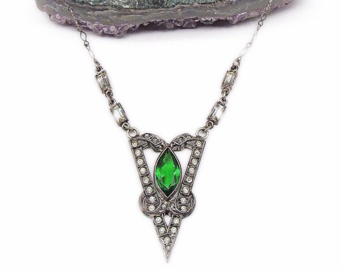 Exquisite 1930s Art Deco Geometric Sterling Silver Emerald Green Marquis Round and Baguette Paste Stone signed Necklace