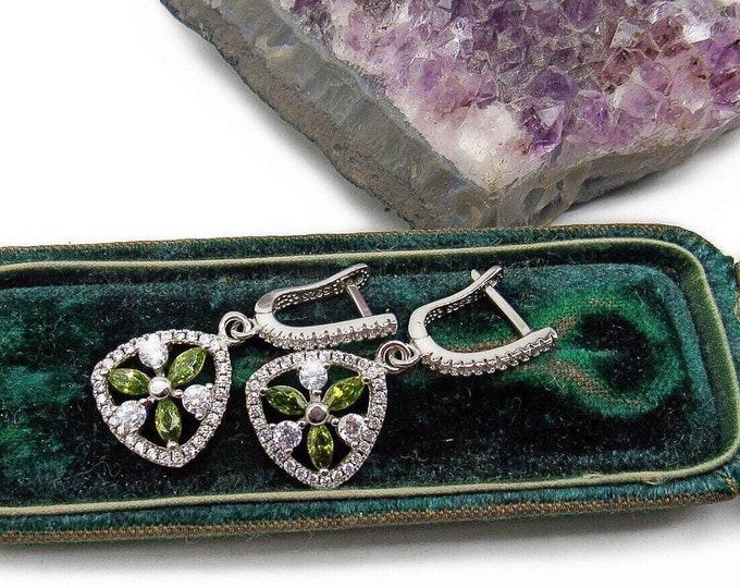 Dazzling vintage Sterling Silver faceted Green Tourmaline Austrian CZ accented Samuelle & Co. Designed Elegant Drop Earrings