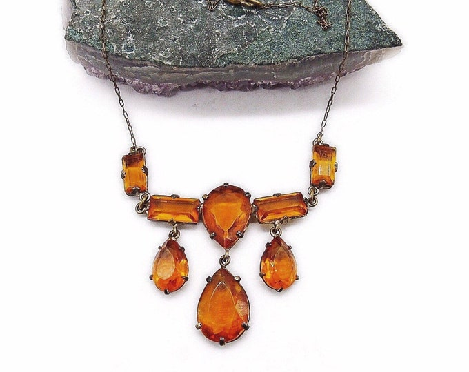 1930s Vintage Czechoslovakia Art Deco antiqued brass tone faceted Amber Czech Glass bib Necklace