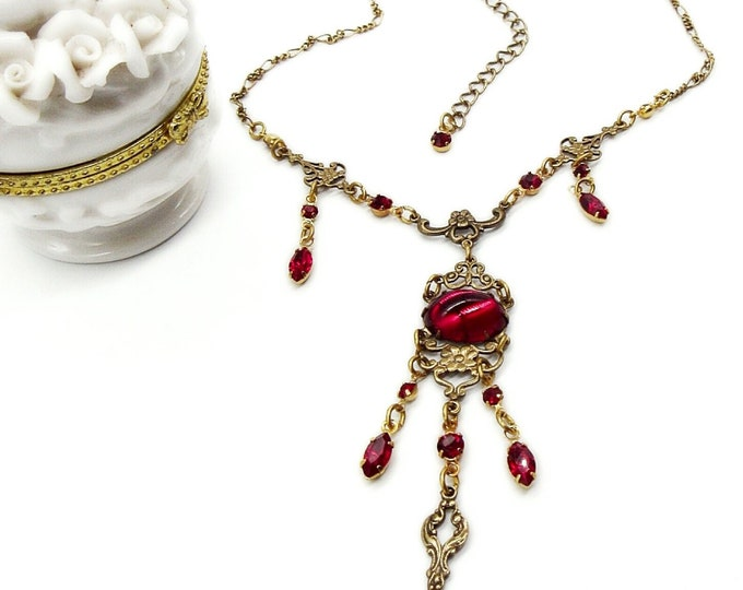 Sadie Green vintage Edwardian Victorian revival antiqued gold tone ruby red  cabochon signed necklace